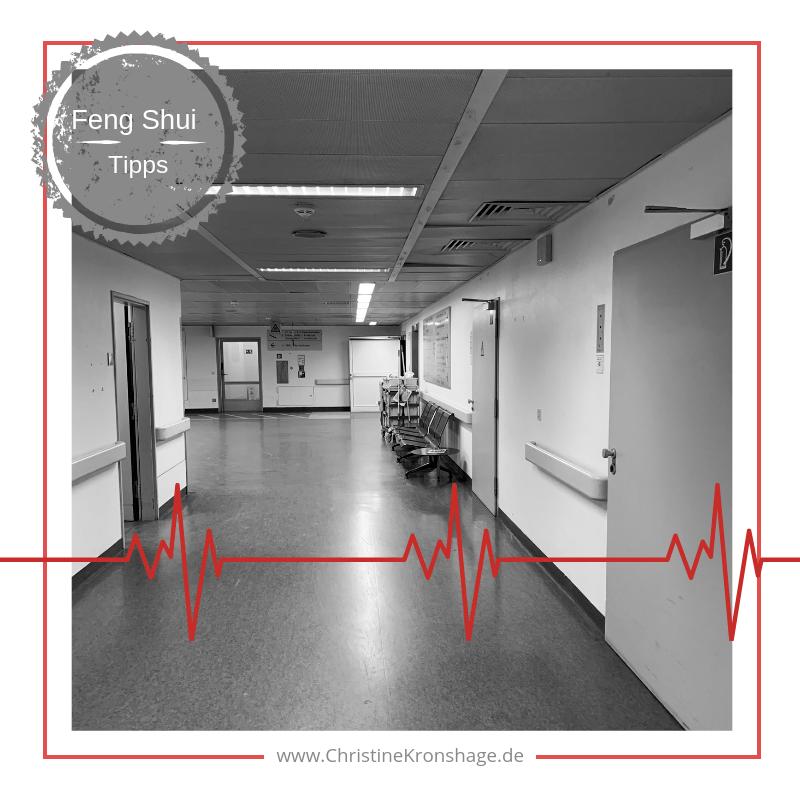 langer, trister Krankenhausflur